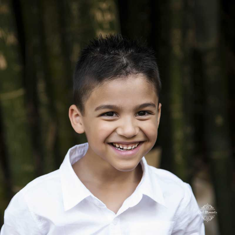 Family portrait photography - boy smiling