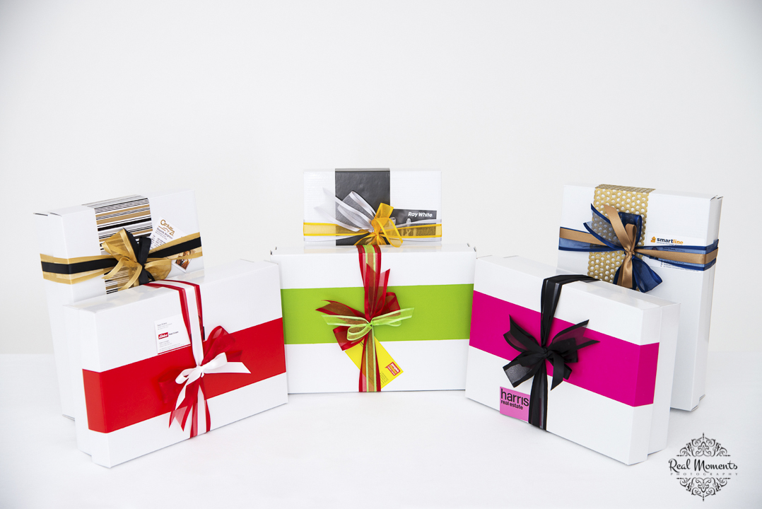 Women in business photography: boxsalicious different gift products with colour