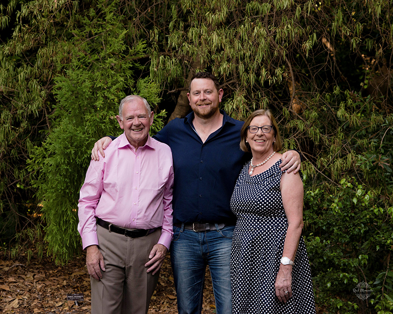 Professional family photographers Adelaide - family portrait of a the Merrifield Family