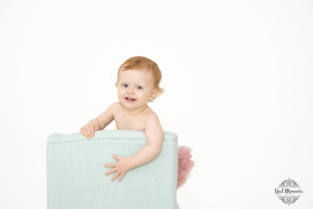 interior art photography - an adorable baby